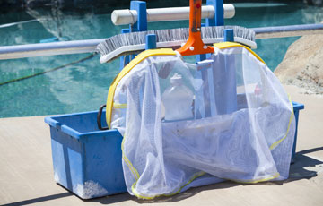Full Pool Cleaning Service